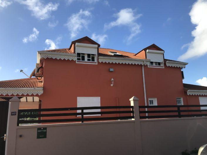 villa façade